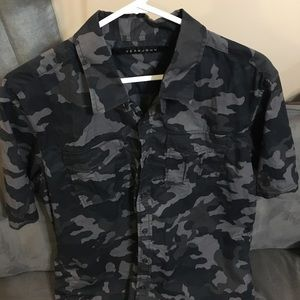 Sean John Camo shirt size XL